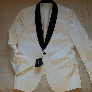 Hugo boss nwt smoking jacket plus extra buttons